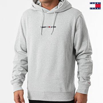 https://laboutiqueofficielle-res.cloudinary.com/image/upload/v1627651009/Desc/Watermark/3logo_tommy_jeans.svg Tommy Jeans - Sweat Capuche Straight Logo 1632 Gris Chiné