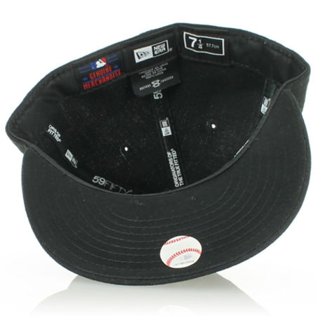 Casquette Fitted New Era 59Fifty NY Yankees Black On Black Edition