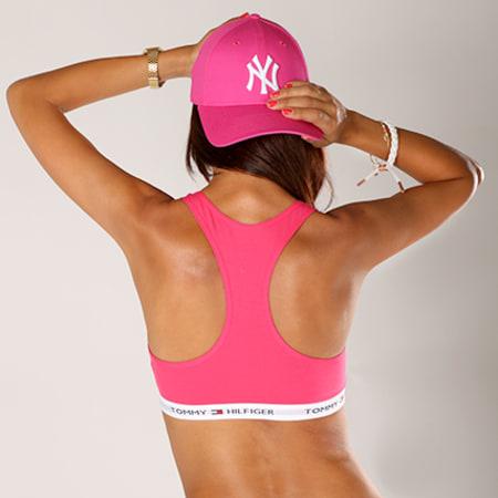 New Era - Casquette Femme Fashion Essential 940 New York Yankees Rose