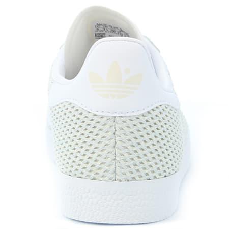 adidas Baskets Femme Gazelle BB5178 Talc Footwear White