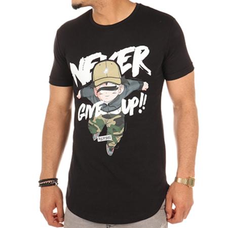 Thug N Swag - Tee Shirt Oversize Never Give Up Noir