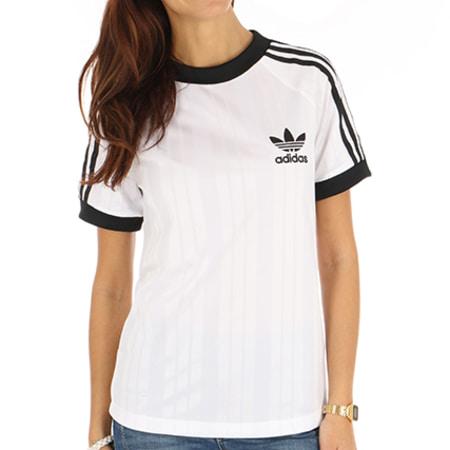 t shirt de sport adidas femme