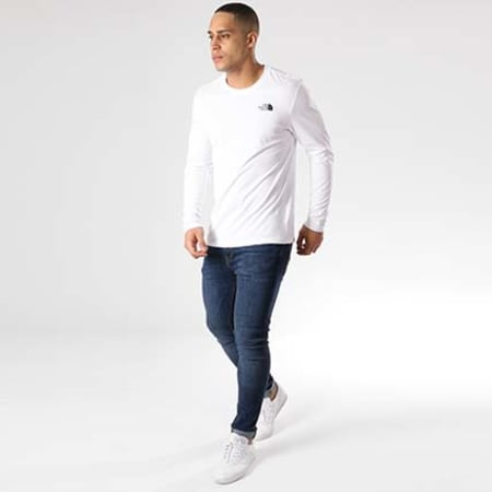 The North Face - Tee Shirt Manches Longues Easy Blanc Noir