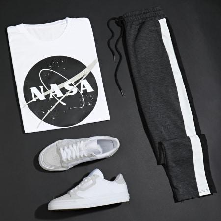 NASA - Tee Shirt Insignia Front Desaturate Blanc