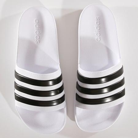 adidas - Claquettes Adilette Shower AQ1702 Blanc Noir