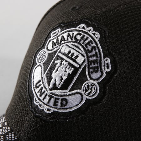 New Era - Casquette Fitted Stretch Hex Manchester United Noir