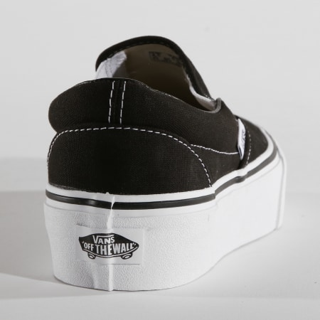 Vans - Baskets Femme Classic Slip-On 18EBLK Black
