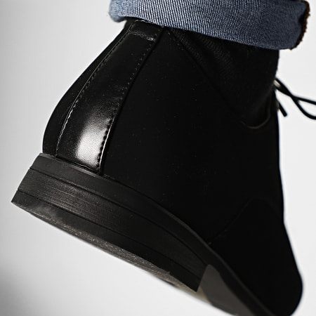 Classic Series - Chaussures U558-180 Black