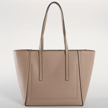 Calvin Klein Shopper Base M silber 30cm |