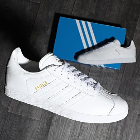adidas - Baskets Gazelle BB5498 Footwear White Gold Metallic