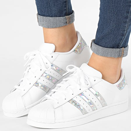 Ocurrir Tacto Residuos  adidas - Baskets Femme Superstar F33889 Footwear White -  LaBoutiqueOfficielle.com
