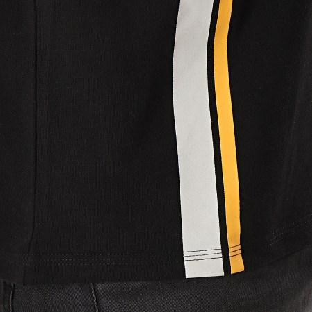 Guess - Polo Manches Courtes F92H02JR02D Noir