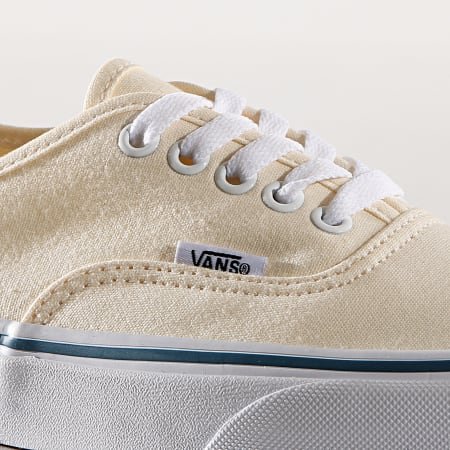 Vans - Baskets Authentic EE3WHT1 White