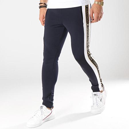 Gianni Kavanagh - Pantalon Jogging A Bandes Gold Lurex Ribbon Bleu Marine Blanc Noir Doré