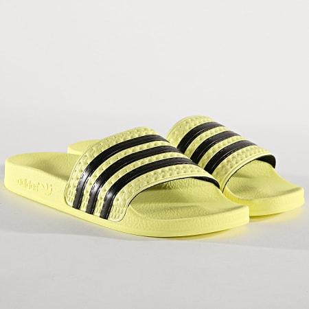 adidas - Claquettes Femme Adilette CM8494 Jaune Noir ...
