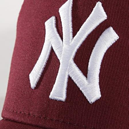 New Era - Casquette Trucker Essential A Frame New York Yankees 11560767 Bordeaux Blanc