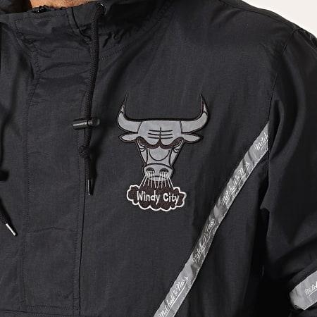 Mitchell And Ness - Veste Outdoor Team Reflective Chicago Bulls Noir Gris