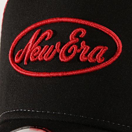 New Era - Casquette Trucker Oval Script Noir Rouge