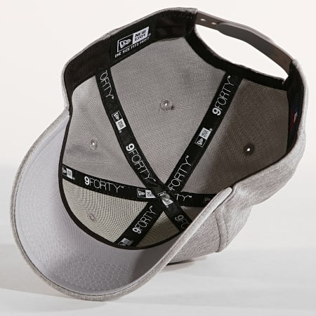 New Era - Casquette 9Forty Shadow Tech New York Yankees Gris Chiné