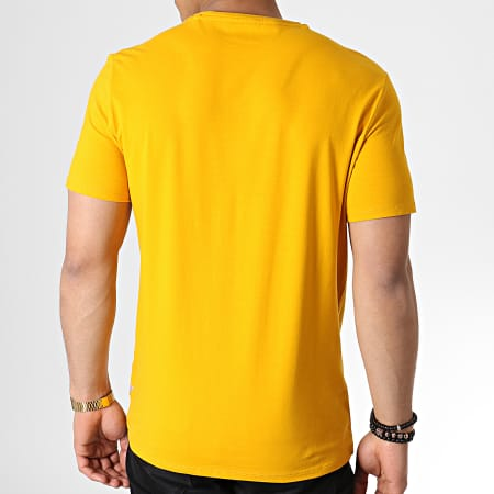 Guess - Tee Shirt M93I21J1300 Jaune Moutarde