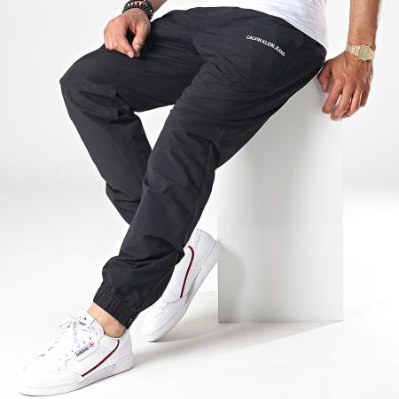 Calvin Klein Jeans - Pantalon Jogging Cotton Nylon 2506 Noir