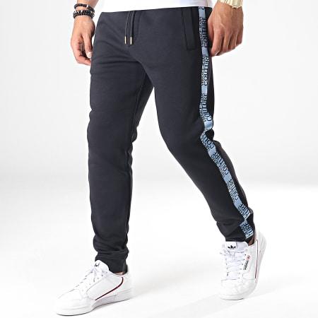 Versace Jeans - Pantalon Jogging A Bandes UUP314 Tape Logo A2GUA1FD Noir Bleu Clair