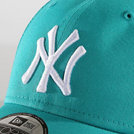 New Era - Casquette Baseball 9Forty FRC MRKT Basic New York Yankees 12109561 Vert Canard Blanc