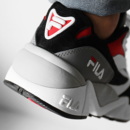 Fila - Baskets V94M Low 1010718 008 Black White Fila Red