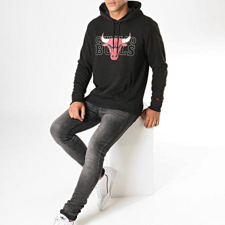 New Era - Sweat Capuche NBA Graphic Overlap Chicago Bulls 12033467 Noir
