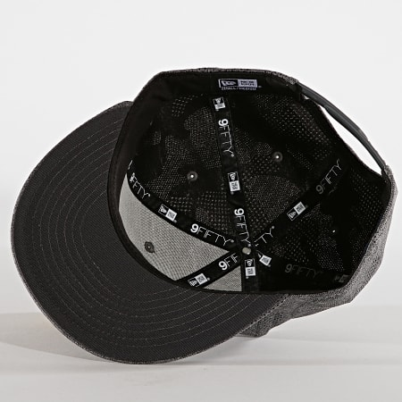 New Era - Casquette Snapback 9Fifty Engineered Plus 12040608 New York Yankees Gris