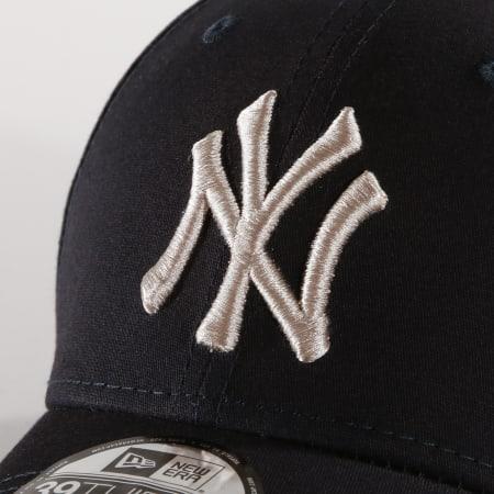 New Era - Casquette Fitted 39Thirty League Essential 12040451 New York Yankees Bleu Marine