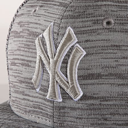 New Era - Casquette Snapback 9Fifty Engineered Fit 12040528 New York Yankees Gris Chiné