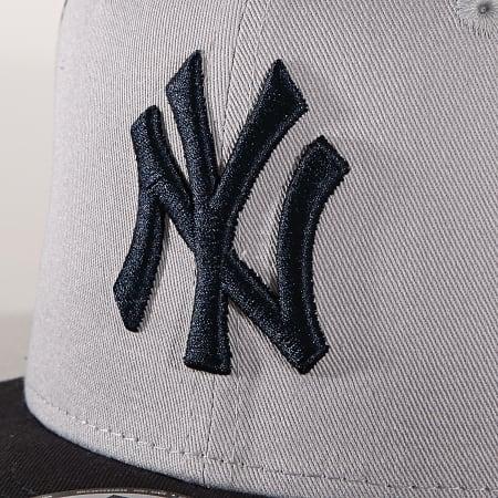 New Era - Casquette Snapback Enfant 9Fifty Character Front 10240587 New York Yankees Bleu Marine Gris