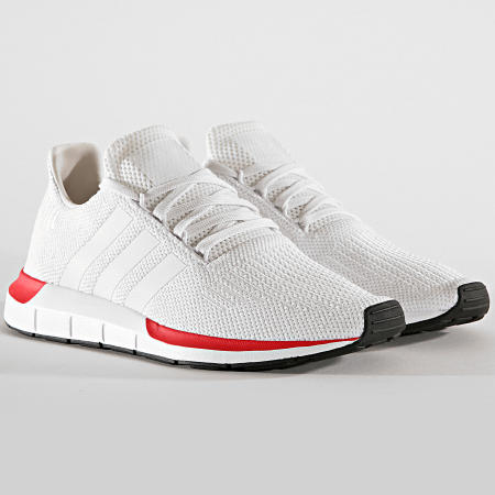 adidas - Baskets Swift Run EE4443 Crystal White Cloud White