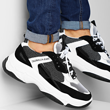 Calvin Klein - Baskets Marvin Low Top Lace Up B4S0133 White Black