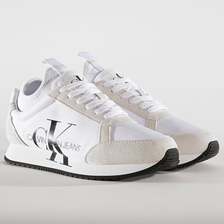 Calvin Klein - Baskets Jemmy Low Top Lace Up Suede B4S0136 White