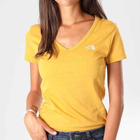The North Face - Tee Shirt Slim Femme Col V Simple Dom A3H6 Jaune Moutarde