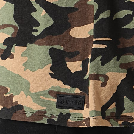 Guess - Tee Shirt M94I87-I3Z00 Vert Kaki Camouflage