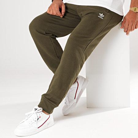 adidas - Pantalon Jogging Trefoil FQ3339 Vert Kaki