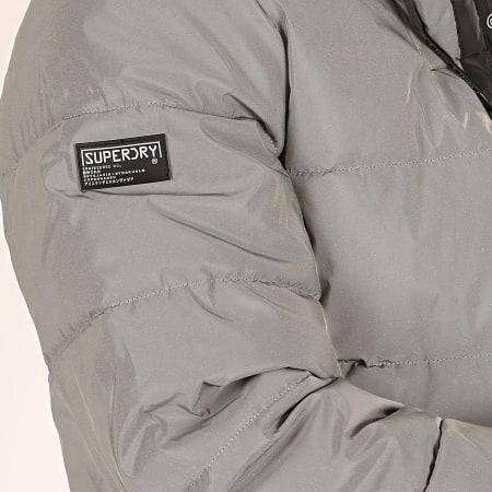 Superdry - Doudoune Capuche Réfléchissante Padded M5000074A Gris
