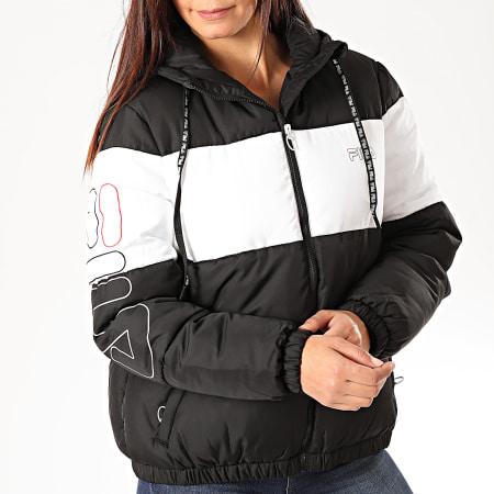 Fila - Doudoune Capuche Femme Addy 682841 Noir Blanc