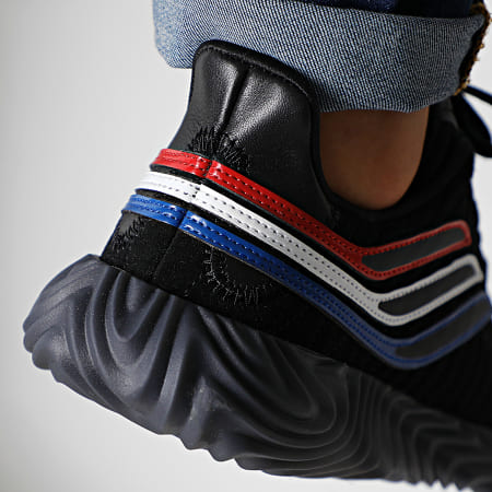 adidas - Baskets Sobakov EE5623 Core Black Scarlet Collegiate Royal