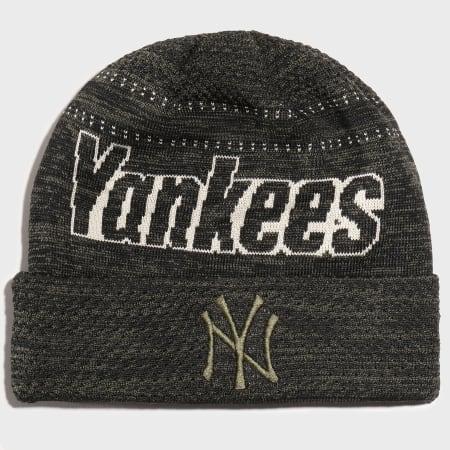 New Era -  Bonnet Engineered Fit 12134782 New York Yankees Vert Kaki Chiné