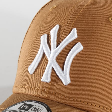 New Era - Casquette Baseball 9Forty League Essential New York Yankees 12134890 Marron Blanc