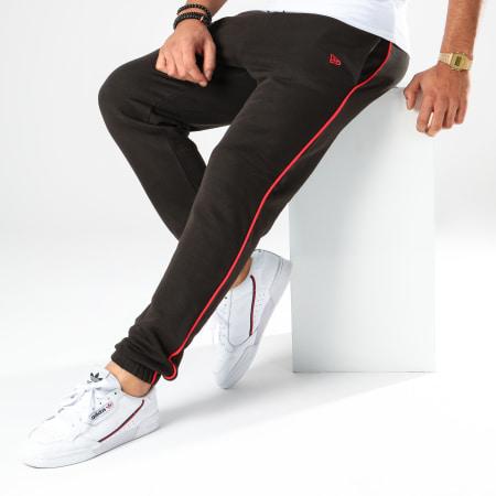 New Era - Pantalon Jogging NBA Stripe Piping Chicago Bulls 12123897 Noir