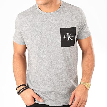 Calvin Klein - Tee Shirt Poche Monogram 4070 Gris Chiné