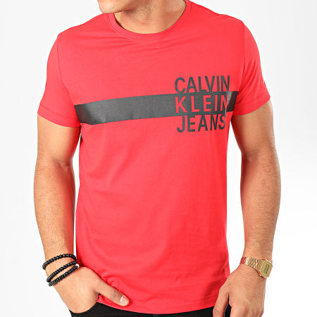 Calvin Klein - Tee Shirt Stacked Logo With Stripe 4539 Rouge Noir