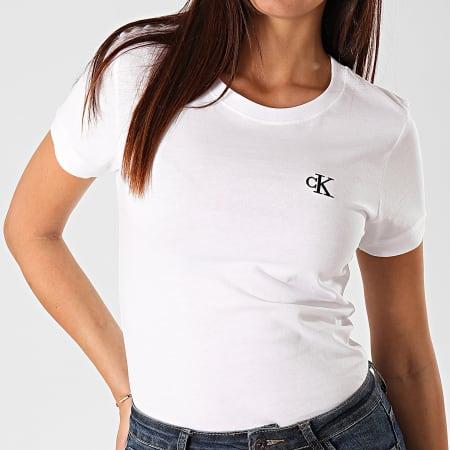 Calvin Klein - Tee Shirt Femme CK Embroidery 2883 Blanc