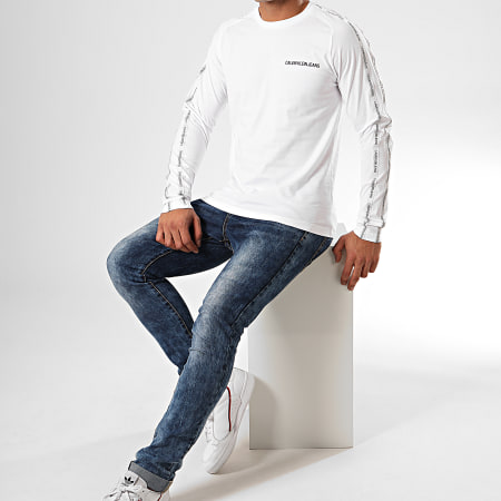 Calvin Klein - Tee Shirt Manches Longues A Bandes Institutional Tape 4188 Blanc