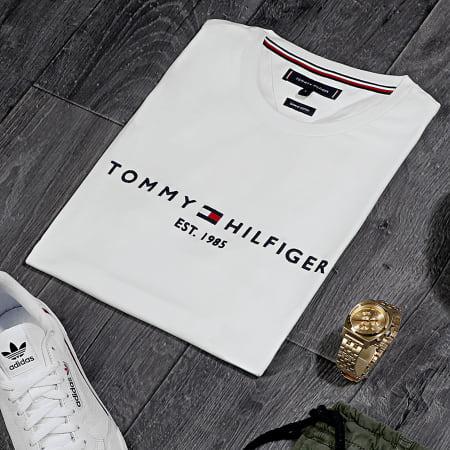 Tommy Hilfiger - Tee Shirt Core Tommy Logo 1465 Blanc Cassé